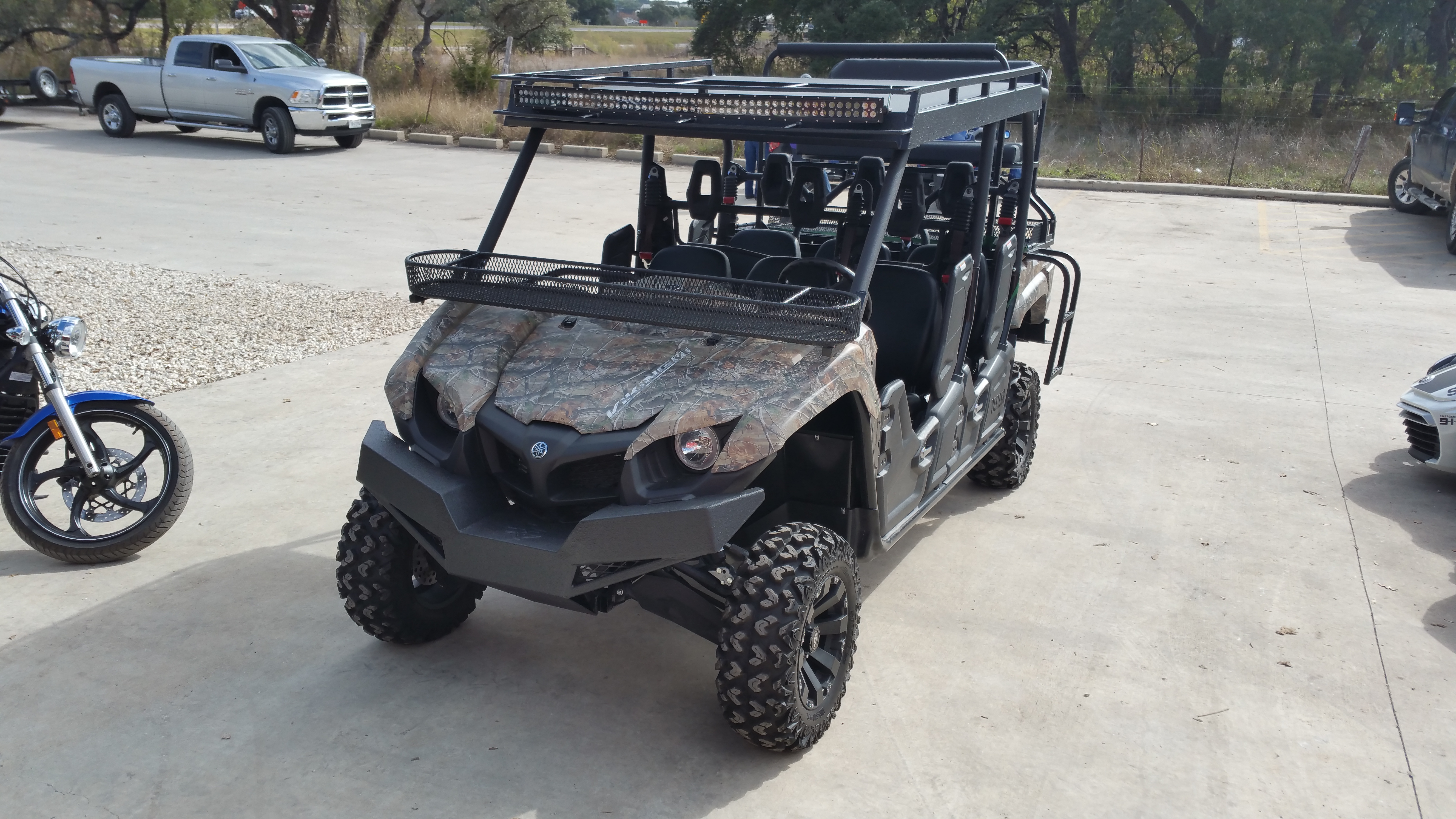 Yamaha Viking Six Crew Metal Roof with Light Bar and Rack